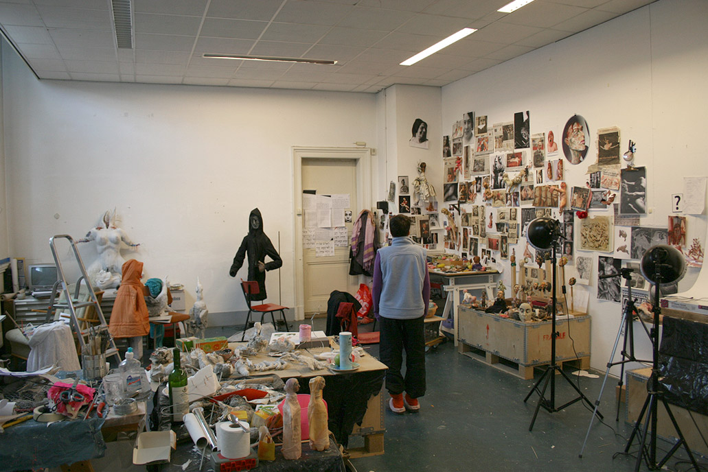 The Artists In The World - Drie Vrienden